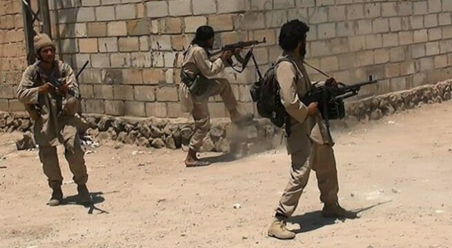 Photo of داعش ينسحب من المواقع التي انتزعها من قوات الأسد بديرالزور