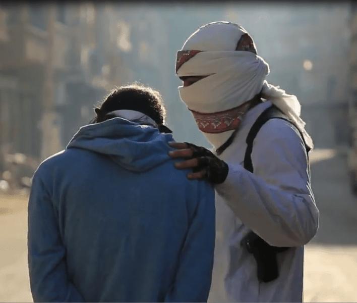Photo of وحي الشيطان…إصدار لداعش ضحاياه خمسة إعلاميين من ديرالزور