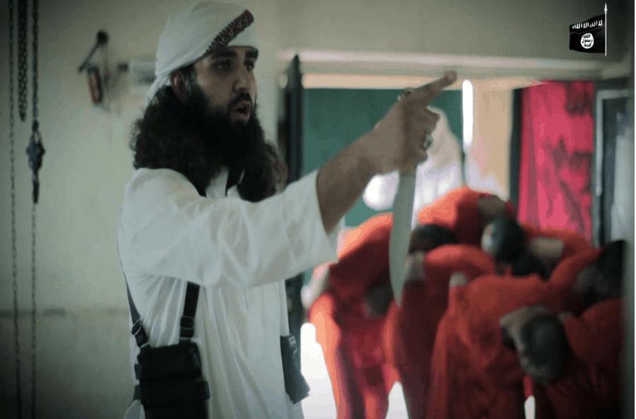 Photo of داعش يجتمع بعشيرة الشعيطات منذ أيام , ويعدم سبعة من أبناء عشيرة البوسرايا في أول أيام عيد الأضحى