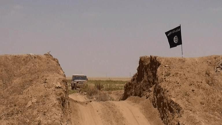 Photo of الحدود العراقية-السورية…تنظيمات تتمدد وأزمات تنتقل