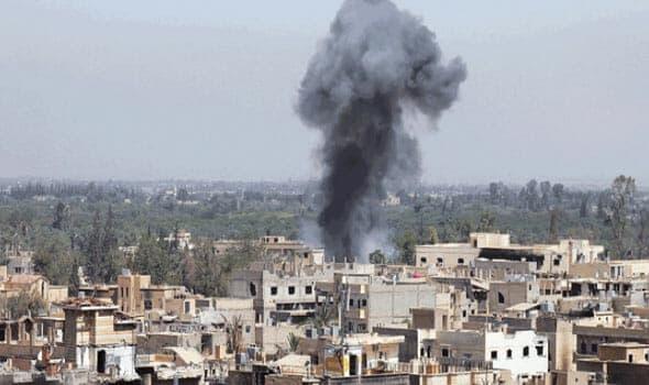 Photo of شهداء وجرحى بقصف جوي لقوات الأسد على أحياء مدينة ديرالزور.