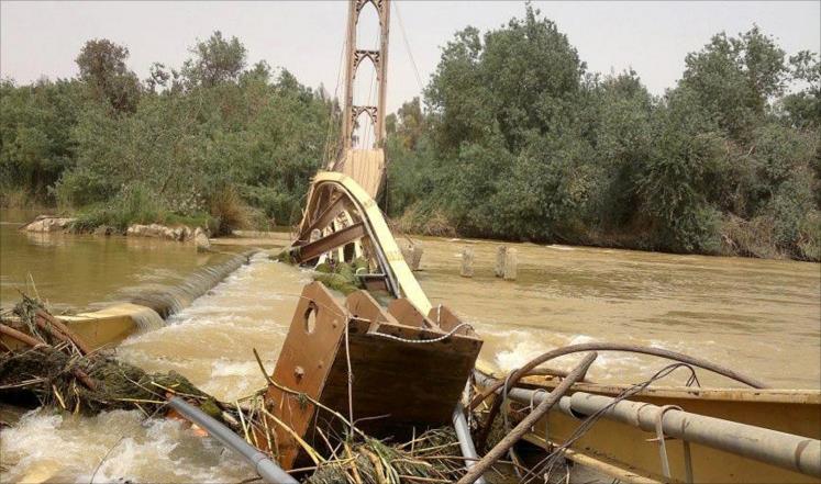 Photo of الجسر المعلّق في ديرالزور … بناه الفرنسيون ودمرّه نظام الأسد