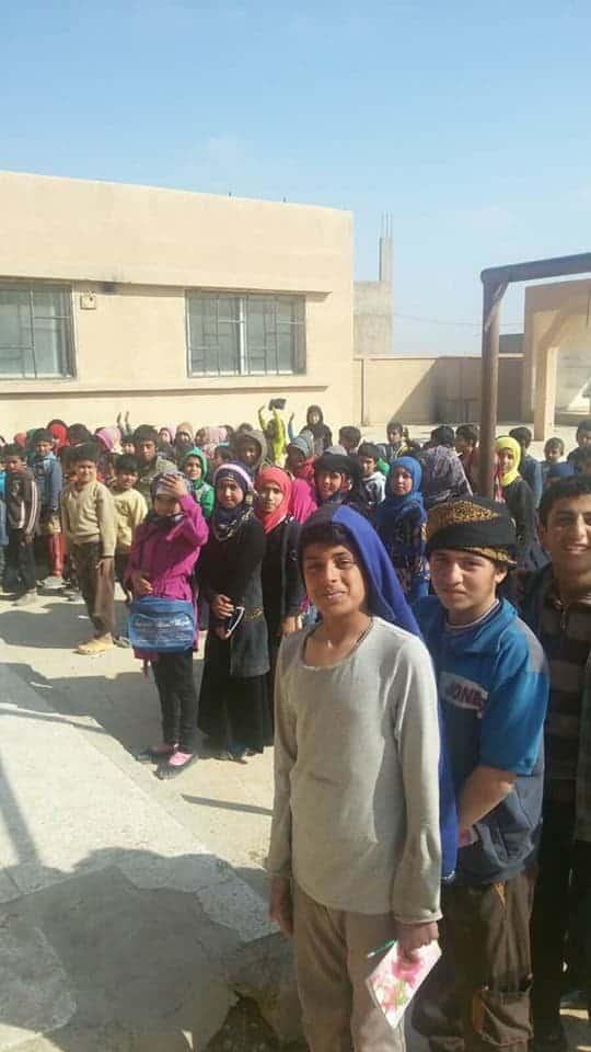 Photo of عودة التعليم إلى مدن و بلدات ديرالزور بعد إنقطاع لسنوات