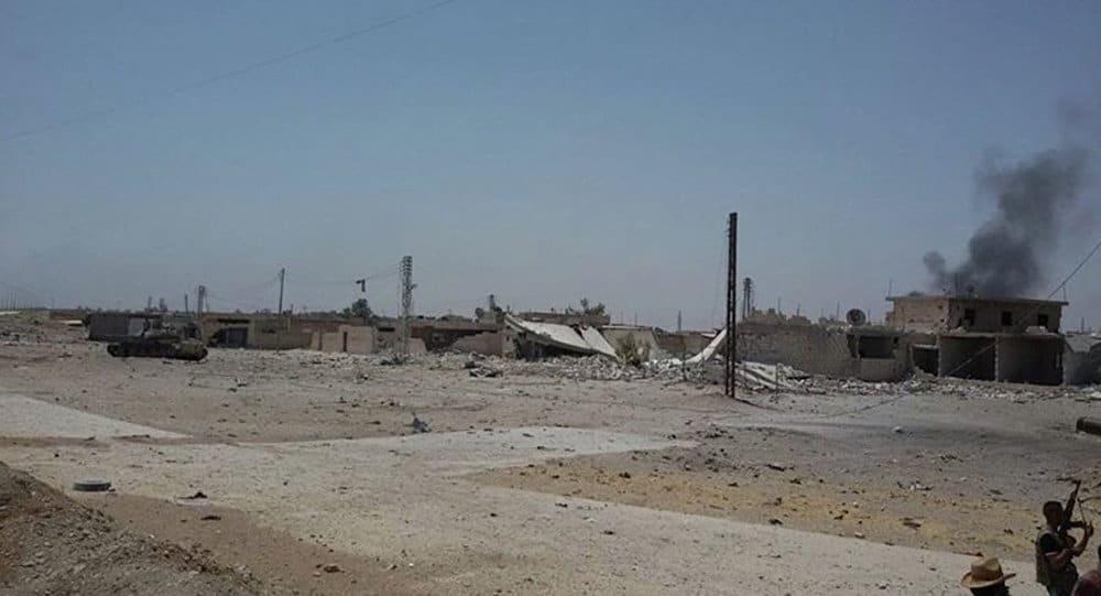 Photo of داعش تفجر منازلاً في هجين… وتكتيك عسكري جديد لمواجهة التحالف